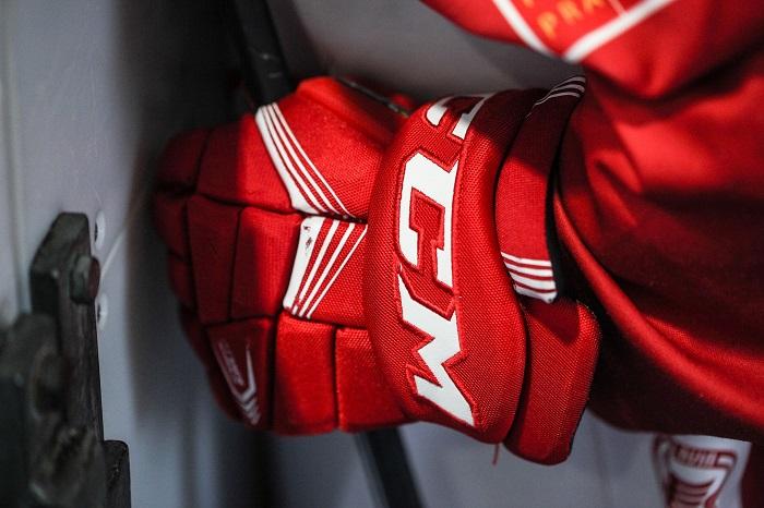 Hokejove rukavice a ich funkcia