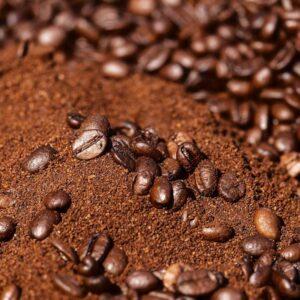 Zrnková káva a jej mletie